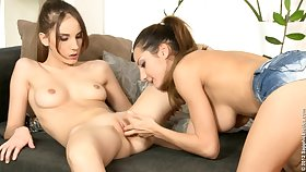Tina Blade Lesbian Squirt - skinny vixens porn