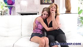 Stepdaughter with conceitedly fake tits Azura Starr gets precede with nasty stepmom