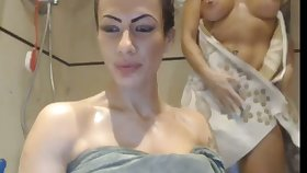 I've seen this shower session a million times and these babes are so sexy
