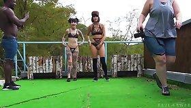 Kinky outdoors lesbian video yon 2 pulling babes plus Charlotte Sartre